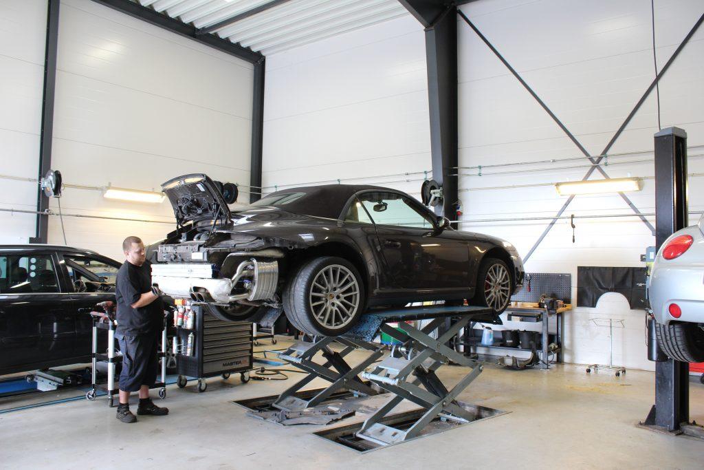 Porsche Carrera udstødningssystem
