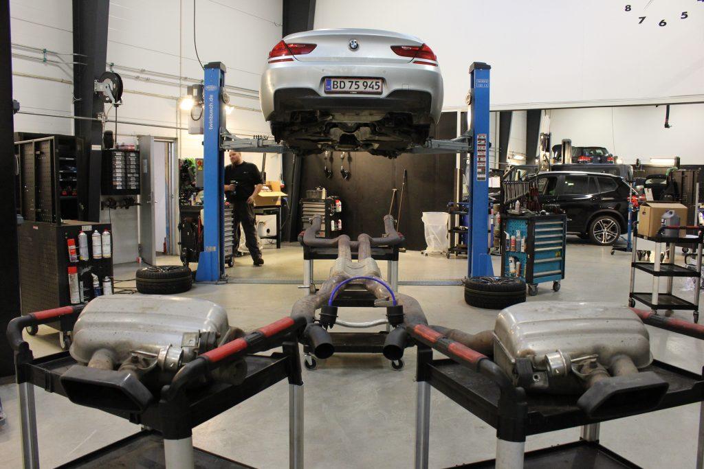 BMW 650 udstødningssystem