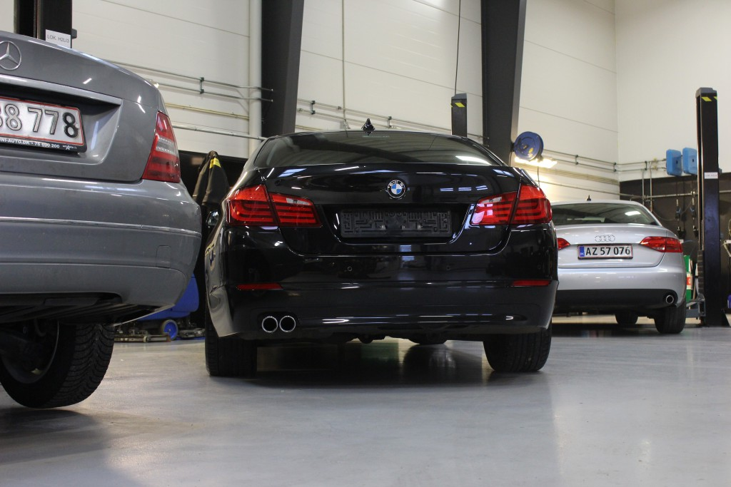 Serviceeftersyn BMW, Serviceeftersyn Mercedes, Serviceeftersyn Audi